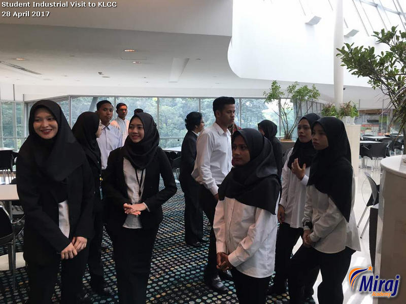 Student Industrial Visit to KLCC